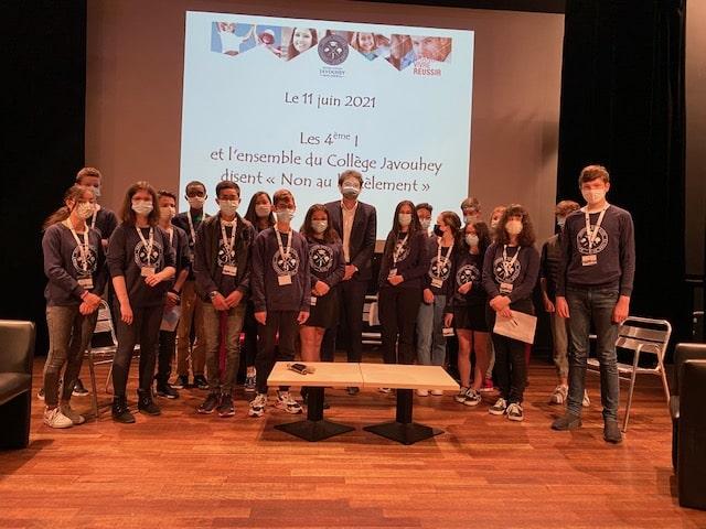 « Non au harcèlement » Les élèves du collège Javouhey s'informent et s'engagent