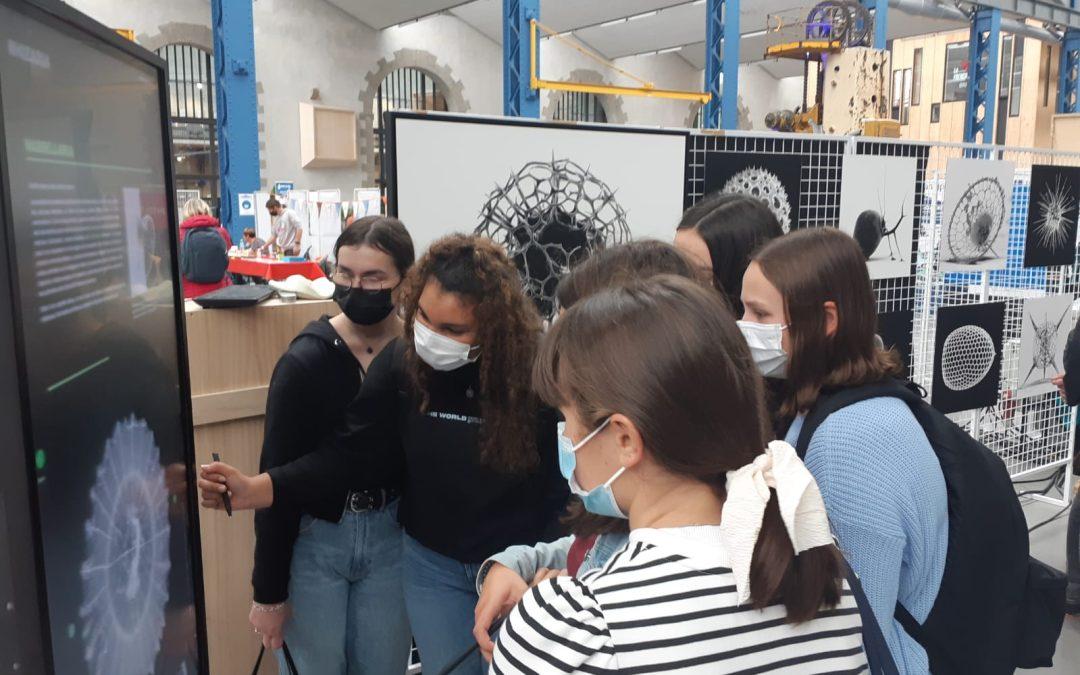 Les 2nde 5 participent à la Fête de la Sciences aux Capucins !